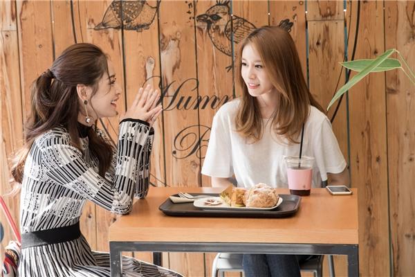 Vừa sang Hàn Quốc, Chi Pu gây bất ngờ khi có buổi gặp gỡ thân mật với Jiyeon, thành viên xinh đẹp của nhóm T-ara. - Tin sao Viet - Tin tuc sao Viet - Scandal sao Viet - Tin tuc cua Sao - Tin cua Sao