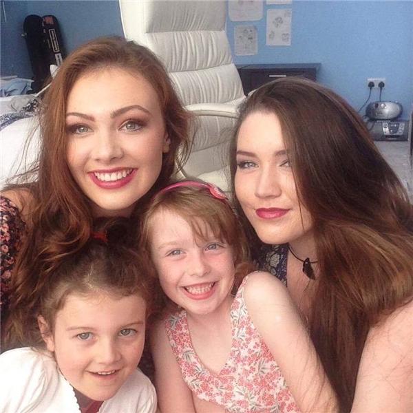Gia đình cô đã vô cùng suy sụp sau khi mất đi cô con gái xinh đẹp và lạc quan của mình.