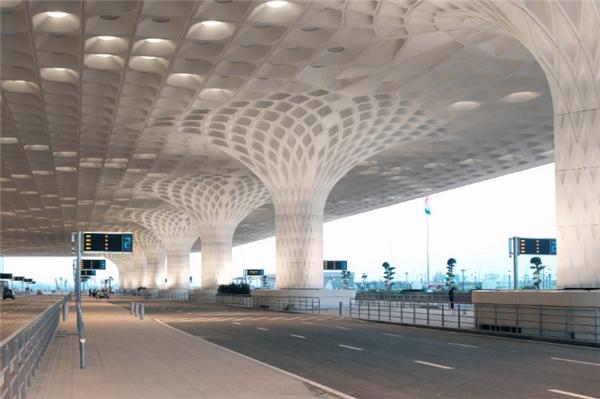 Thiết kế ấn tượngbên trong sân bayChhatrapati Shivaji.