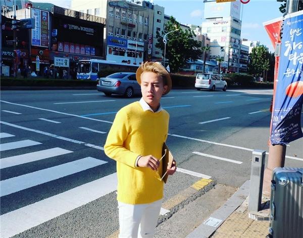 Được biết, Duy Khánh sẽ ở lại Hàn Quốc công tác trọn vẹn 7 ngày, sau đó anh cũng đã bay sang Busan để tham gia giao lưu cùng với các ca sĩ khách mời Hàn Quốc và đại diện Việt Nam - ca sĩ Noo Phước Thịnh tại Asian Song Fesstival. - Tin sao Viet - Tin tuc sao Viet - Scandal sao Viet - Tin tuc cua Sao - Tin cua Sao