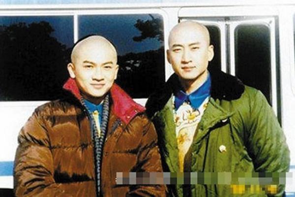 """Nhiều người cho biết ngoài đời Châu Kiệtthường xuyên """"bắt nạt"""" Tô Hữu Bằng."""