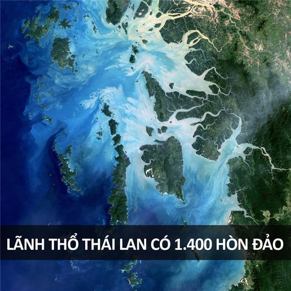 Nổi tiếng nhất trong số đó có lẽ là đảo Phi Phi, nằm ngoài khơi Phuket.