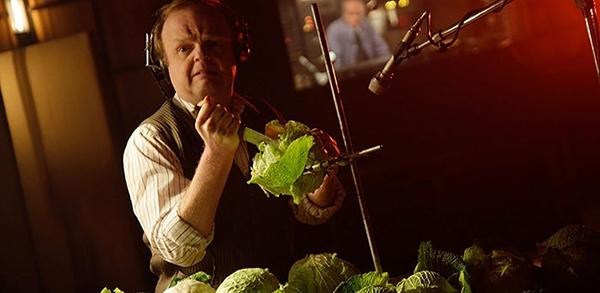 """Âm thanh trong phim được tạo ra hoàn toàn bằng """"cây nhà lá vườn""""."""