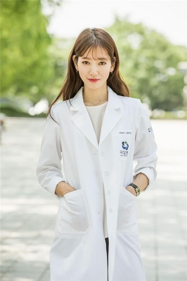 """Nữ chính màn ảnh Hàn 2016: """"Mỗi người một vẻ"""", ai tuyệt vời nhất?"""