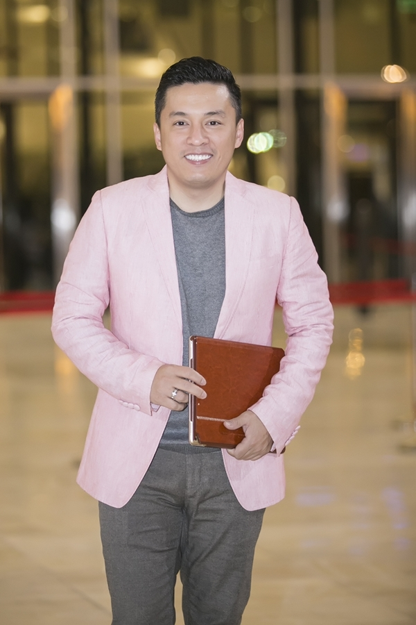 Dàn sao Việt đổ bộ thảm đỏ Diamond Show 12 tỉ của Đàm Vĩnh Hưng