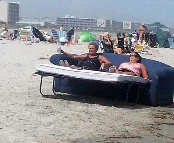 Đi biển thì cũng cần thoải mái, đầy đủ tiện nghi.