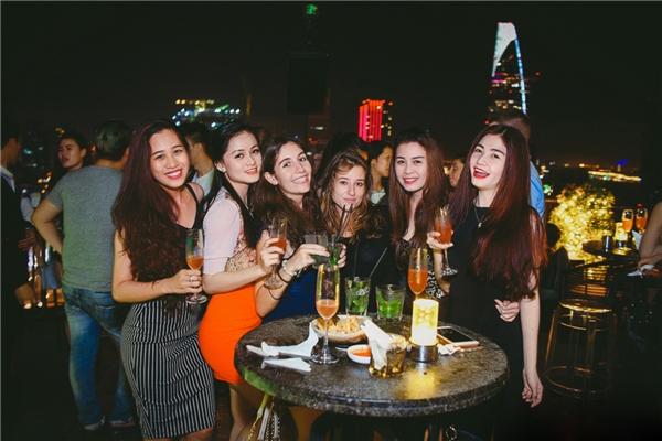 Một bữa tiệc đáng nhớ dành riêng cho các bạn gái nhân ngày Phụ Nữ Việt Nam.