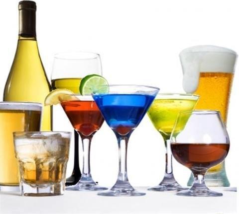 Uống rượu trước khi ngủ khiến chứng buồn tiểu hành hạ bạn cả đêm.