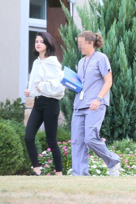 Một số hình ảnh của Selena tại trung tâm cai nghiện.