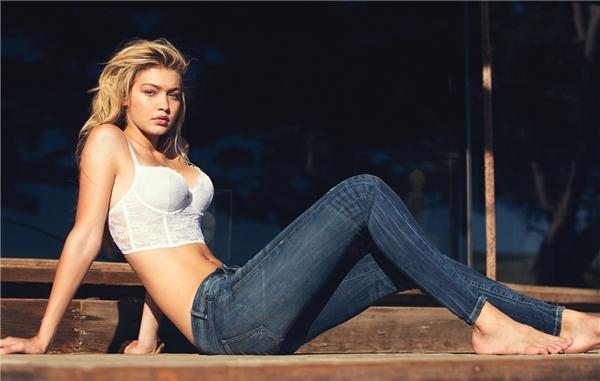 """Dẫn đầu bảng xếp hạng là Gigi Hadid. Theo The Richest, cô luôn là """"nữ thần sắc đẹp"""" khiến người đối diện khó có thể rời mắt."""