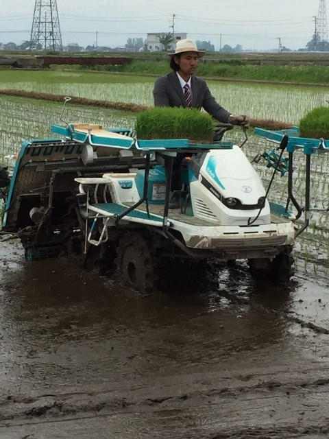 Anh coi những ý tưởng như vậy là cách hoàn hảo để thay đổi nhận thức của công chúng về công tác nông nghiệp ở Nhật Bản.
