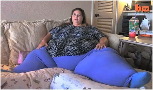 Xót thương hoàn cảnh người phụ nữ 500kg béo nhất hành tinh