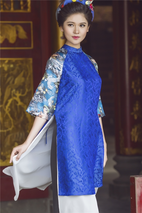 Trở lại với công chúng, Thùy Dung gây thương nhớ với hình ảnh cô Tấm dịu hiền bước ra từ truyện cổ tích. Á hậu Việt Nam 2016 diện những thiết kế áo dài cách tân độc đáo của nhà thiết kế Thủy Nguyễn với bảng màu sắc, họa tiết đa dạng.
