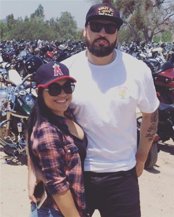 Julio (phải) và bạn gái quen nhau vào tháng 4 năm nay. Ngày 02/10, anh qua đời sau khi chiếc ô tô của anh bị một tài xế say rượu đâm phải. Đây là tấm ảnh cuối cùng về anh.