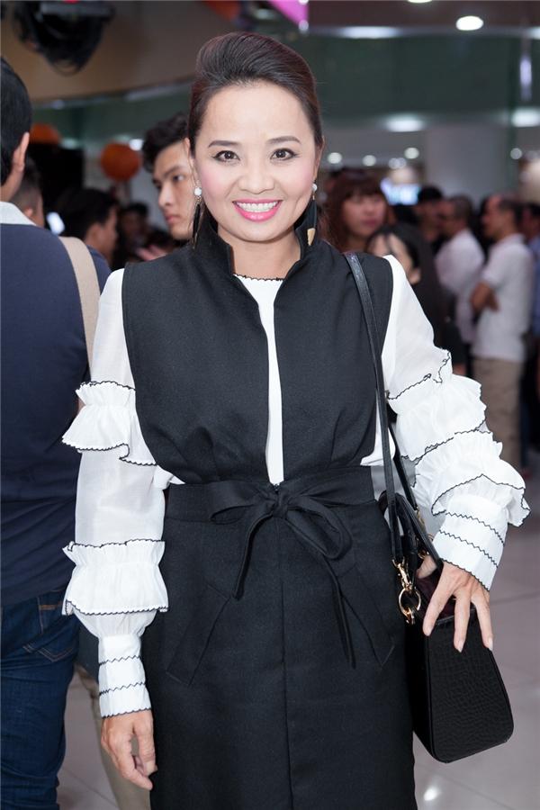 Hoài An là diễn viên quen thuộc với khán giả Việt bởi cô từng tham gia diễn xuất nhiều phim truyền hình đính đám. - Tin sao Viet - Tin tuc sao Viet - Scandal sao Viet - Tin tuc cua Sao - Tin cua Sao