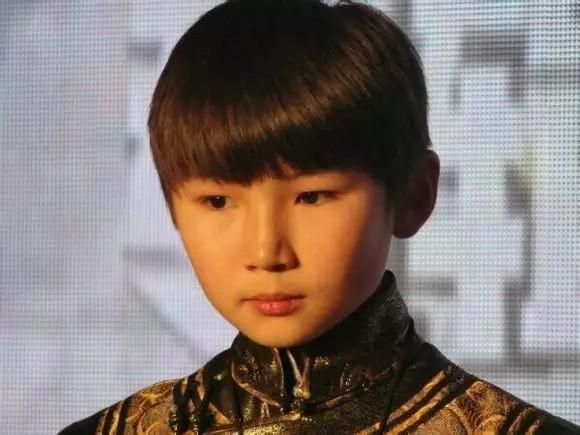 Năm 2011 Uudam đến với chương trình Tìm kiếm tài năng âm nhạc Trung Quốc và khiến khán giảcảm động rơi nước mắt khi thể hiện ca khúc Gặp mẹ trong mơ.