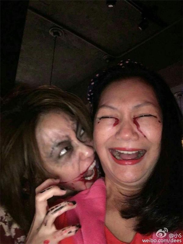 Mẹ con Tiểu S khiến fan rớt tim với màn hóa trang zombie kinh hoàng.