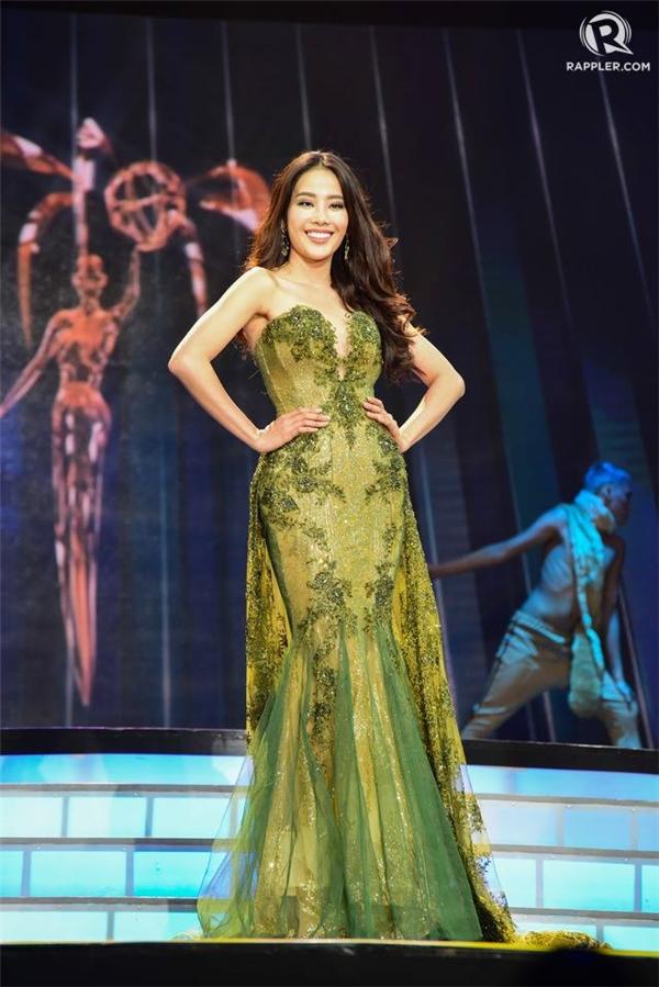 Nam Em lọt top 8 Hoa hậu Trái đất 2016.
