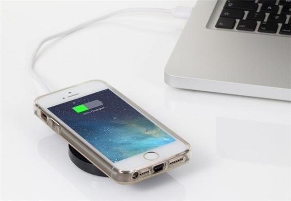 iPhone 8 sẽ có thiết kế giống iPhone 4 và 4s? (Ảnh: internet)