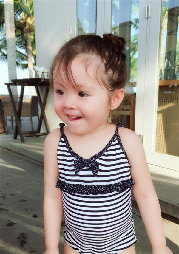 Càng lớn, Cadie càng trong trẻo, đáng yêu.