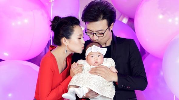 Dù Chương Tử Di đã sinh con choUông Phong nhưng vẫn chẳng hề có thông tin hai người sẽ kết hôn.