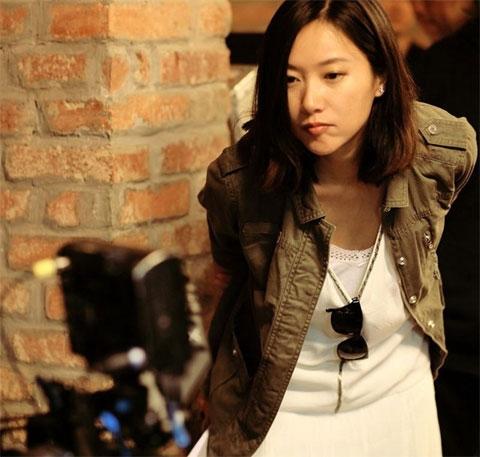 Không chỉ là diễn viên, Từ Tịnh Lôi còn tham gia công việc đạo diễn.