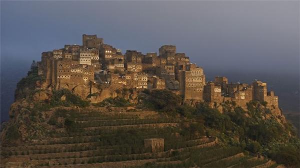 Đường biên giới nối Yemen vàSaudi Arabia sở hữunhững địa điểm khảo cổ rấtđẹp, nhưng lại là những nơicăng thẳng và bất ổn.