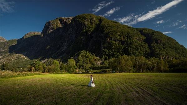 Hai vợ chồng ghé rất nhiều địa danh tuyệt đẹp từ Nauy đến Thụy Điển để chụp những bức hình ngoạn mục.