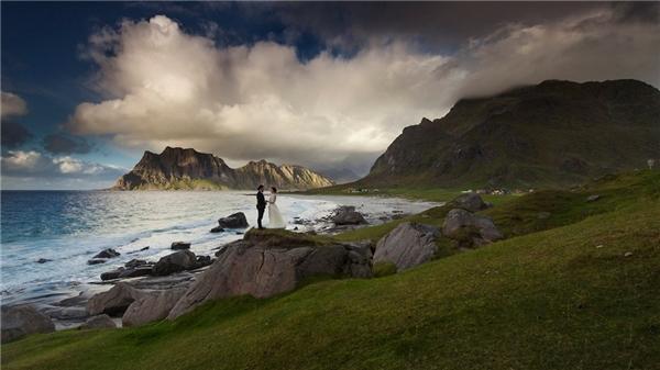 Thụy Điển và Nauy được chọn là những nơi khởi đầu cho hành trình tiếp theo của cuộc đời cặp đôi mới cưới.