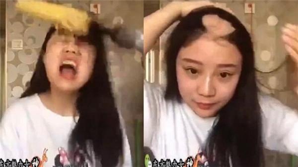 Cả mảng tóc trên đầu Kiều Kiều cuốn vào bắp ngô và bịgiật tung ra khỏi đầu.