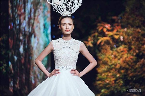 """Bộ đôi người mẫu Hằng Nguyễn và Lê Thanh Thảo thì cho biết rằng cả hai cũng từng bị cho vào """"danh sách đen"""", nhưng hiện tại thì không còn."""