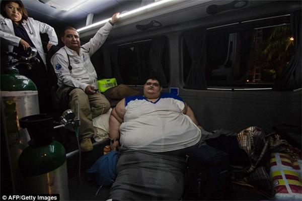 Hôm thứ Ba vừa qua, anh đã được nhập viện lần ba để điều trị dứt điểm căn bệnh béo phì quái ác này.
