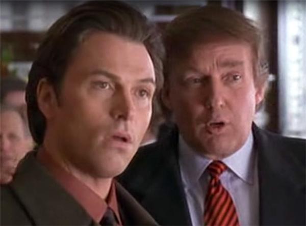Trong phimThe Associate, ông Trump đã hợp tác với nữ danh hài nối tiếngWhoopi Goldberg.