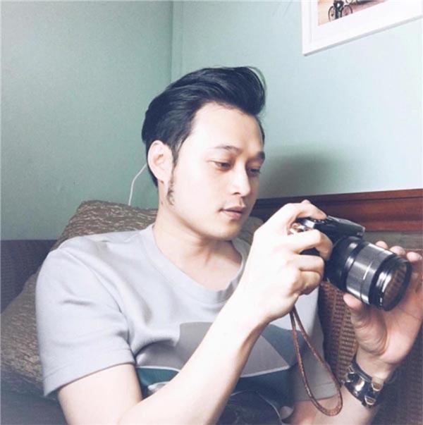 Những chiếc máy ảnh là người bạn đồng hành cùng Quang Vinh suốt nhiều năm qua. - Tin sao Viet - Tin tuc sao Viet - Scandal sao Viet - Tin tuc cua Sao - Tin cua Sao