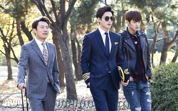 Heo Joon Jae là thành viên của một nhóm lừa đảo chuyên nghiệp có biệt tài hóa thân hiếm có và với mỗi lần xuất hiện sẽ là một hình ảnh mới lạ, một Joon Jae hoàn toàn khác.