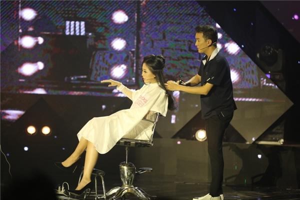 Ứng xử khéo léo khi bị Mr Đàm cắt tóc, Liêu Hà Trinh trở thành Én Vàng - Tin sao Viet - Tin tuc sao Viet - Scandal sao Viet - Tin tuc cua Sao - Tin cua Sao