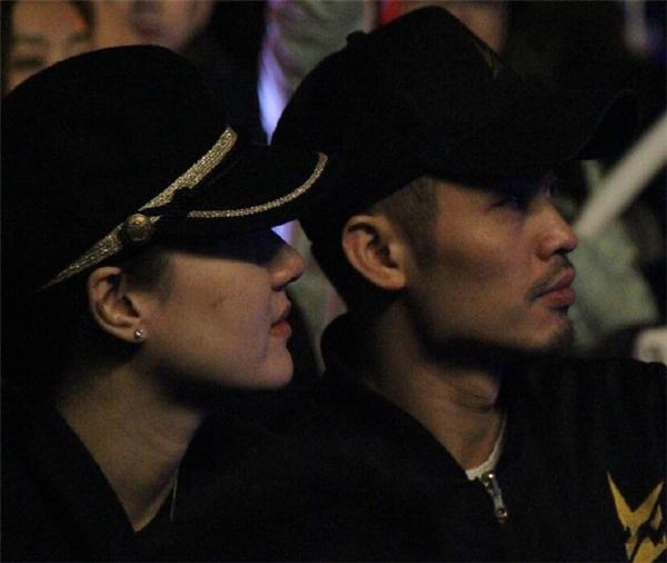 Bị tố làm kẻ thứ ba, Hoa hậu Trung Quốc trơ trẽn thách thức dư luận