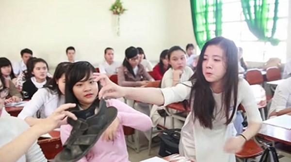 Mỗi lớp học lại có một kiểu đùa nghịch khác nhau.(Ảnh: Minh họa)