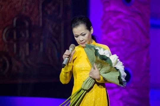 Hồ Ngọc Hà lo lắng khi lần đầu đệm đàn, song ca với danh ca Khánh Ly - Tin sao Viet - Tin tuc sao Viet - Scandal sao Viet - Tin tuc cua Sao - Tin cua Sao