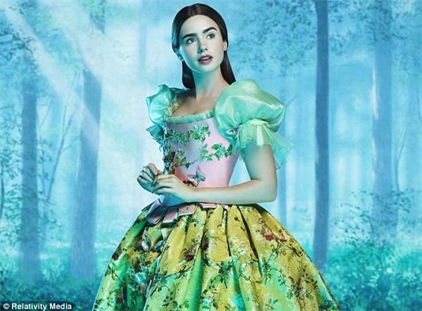 Những bộ váy công chúa lung linh khó thể rời mắt trên màn ảnh