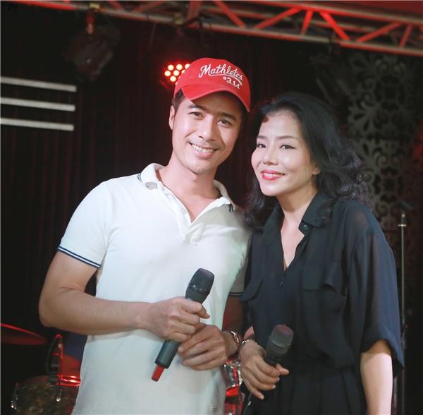 Hai diễn viên xây dựng kịch bản chương trình, chịu trách nhiệm biên tập, dàn dựng và song ca cùng với Phạm Phương một số ca khúc.
