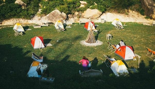Bạncó thể cắm trại ngay Trung Lương - khu cắm trại vô cùng hot thời gian vừa qua.