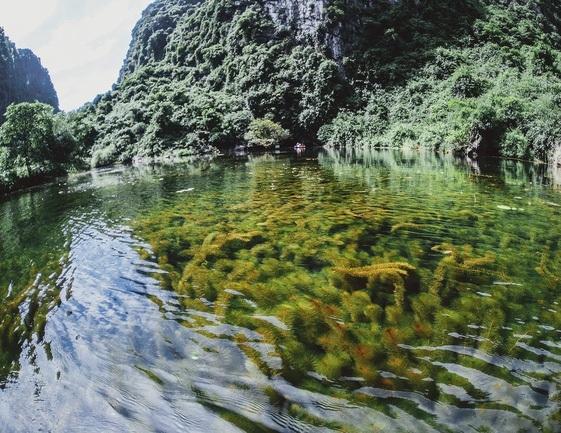 Mê mải với khung cảnh tuyệt diệu tại Tràng An.