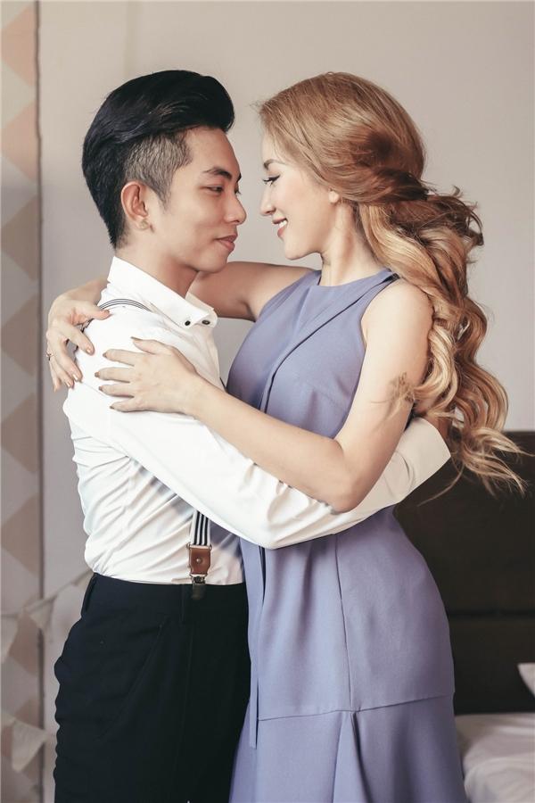Hiện tại, Khánh Thi và Phan Hiển bên cạnh nhau không chỉ trong cuộc sống mà còn hỗ trợ nhau nhiều trong công việc. - Tin sao Viet - Tin tuc sao Viet - Scandal sao Viet - Tin tuc cua Sao - Tin cua Sao