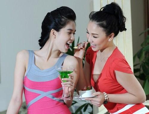 Được biết, Quỳnh Thư và Ngọc Trinh từng có thời gian sống cùng trong một ngôi nhà thuê thuở mới lập nghiệp. - Tin sao Viet - Tin tuc sao Viet - Scandal sao Viet - Tin tuc cua Sao - Tin cua Sao
