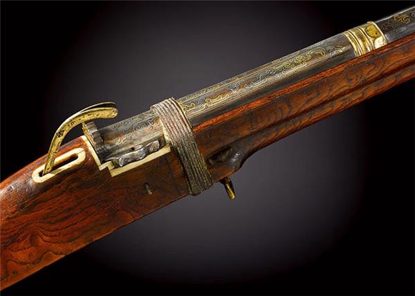Thiết kế tinh xảo trên khẩu súng săn của vua Càn Long.