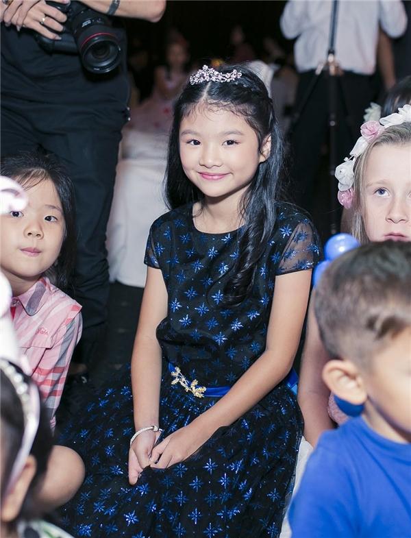 Trương Ngọc Ánh hạnh phúc cùngTrần Bảo Sơnmừng sinh nhật con gái - Tin sao Viet - Tin tuc sao Viet - Scandal sao Viet - Tin tuc cua Sao - Tin cua Sao