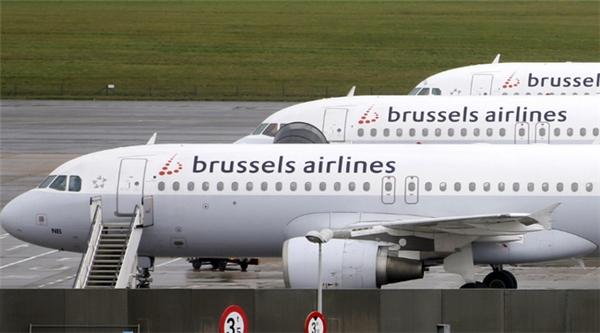 Có tới 41 hành khách bị yêu cầu rời khỏi máy bay vì gây rối.