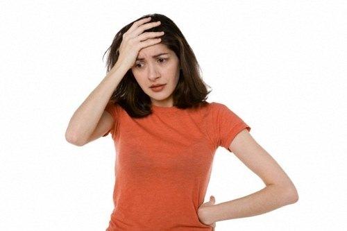 Tức giận sẽ làm rối loạn hệ nội tiết, dẫn tới tuyến giáp trạng bị kích ứng bài tiết quá nhiều, lâu dần sẽ gây ra các bệnh ở tuyến giáp trạng.