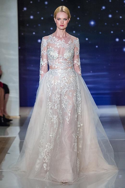 Cô dâu sẽ trở nên thật quý phái với mẫu váy cưới sang trọng này.